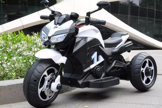 小巴拉顿儿童电动车,儿童电动摩托车封面大图